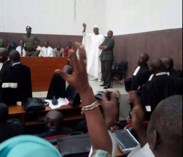Urgent - Verdict : 5 ans ferme et une amende de 5 millions pour Khalifa Sall et Mbaye Touré, relaxe pour les deux percepteurs
