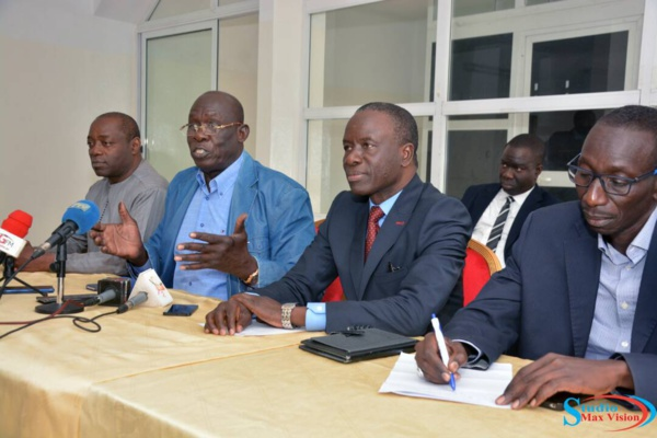 Présidentielle 2019 : Baila Wane, Baba Tandian, Amadou Yoro Ndiaye et Cie payent la caution de Macky Sall