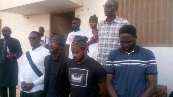 Projet de loi sur le parrainage:  Y en a marre exige sa « suspension » et met en garde Macky Sall