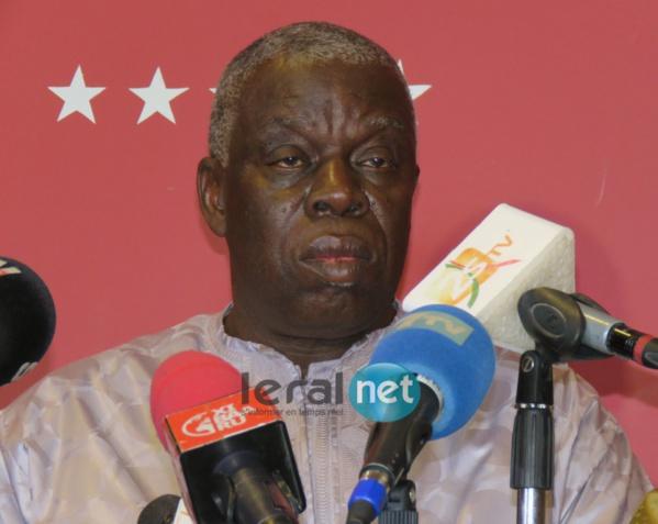 Diop sy (Député) :« Je suis avec Macky mais je ne suis pas d'accord avec le parrainage »