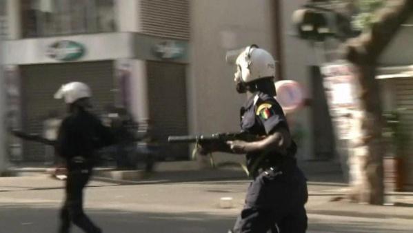 Parrainage: Confrontation entre jeunes et policiers à la place du Soweto