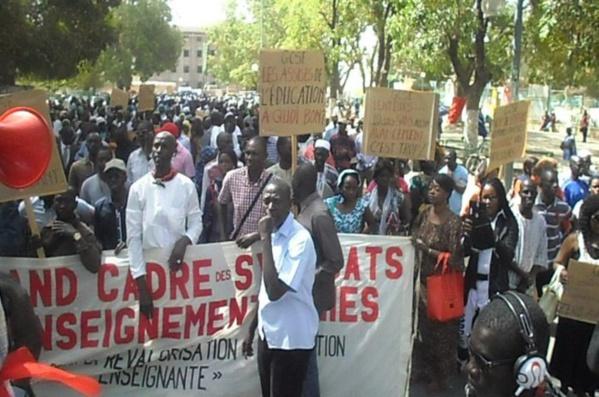Les nouvelles mesures du gouvernement face à la grève des enseignants