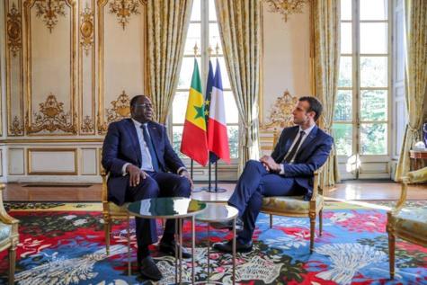 TER et présidentielle 2019 : Macky Sall hyperactif à Paris