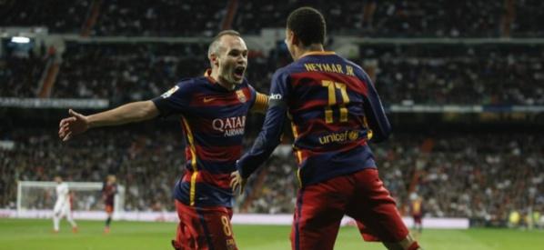 Neymar rend hommage à Andrés Iniesta