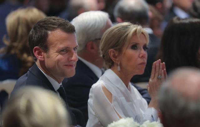 Taxe d'habitation, tenues et croquettes : les Macron paient leurs dépenses personnelles