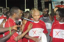 [Photo] Youssou Ndour à Amara Traoré: « Nous avons besoin de El Hadji dans notre équipe nationale »