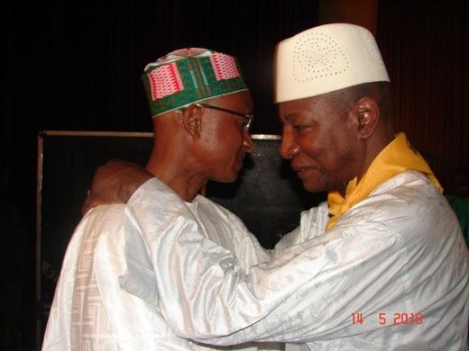 Guinée: Alpha Condé et Cellou Dalein Diallo qualifiés pour le deuxième tour de la présidentielle du 18 juillet