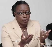 DETTE : Oumou Khayri Gueye Seck poursuivie pour 1 million par un Journaliste