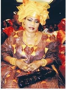 """Fanta Sangaré, géomancienne malienne : """"Grâce à mes pouvoirs, je peux rendre une personne riche, en faire un président de la République..."""""""