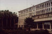 Le quotidien La Croix parle du calvaire des demandeurs de visas au consulat de France à Dakar