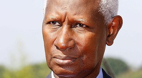 [Vidéo]Le nouveau Khalife des Mourides à Abdou Diouf: « Ici, ta mère a sollicité des prières pour faire de toi ce que tu es devenu ! ». Le marabout a raconté aussi à l'ancien président une confidence mystique »