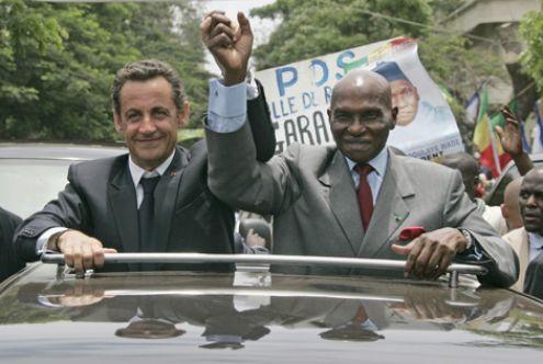 Sarkozy: Des remaniements intempestifs donnent une image ridicule d'un pays