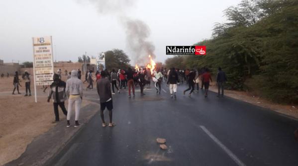 UGB :  Les étudiants reprennent les hostilités, la RN2 toujours bloquée