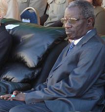 Appel de Seydina Limamoulaye: Bécaye Diop, en pleine cérémonie dormait à poings fermés