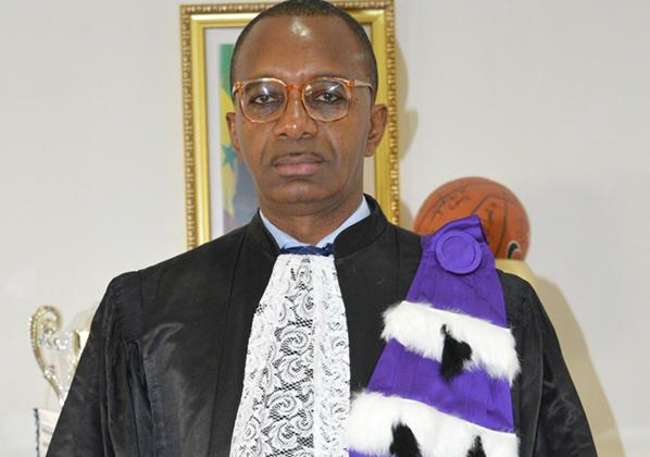 Urgent : Macky Sall favorable aux revendications des étudiants, le recteur Baydallaye KANE limogé