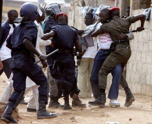 Sénégal: la police dément avoir tué un manifestant