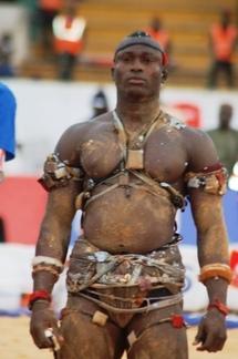 FACE-A-FACE, HIER, EN PRELUDE DU COMBAT DU 8 AOUT : Amadou Barry trop petit, Modou Lô s'en va avant terme
