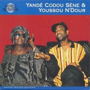[Vidéo] Obsèques de la cantatrice Yandé Codou : l'absence de Youssou Ndour décriée