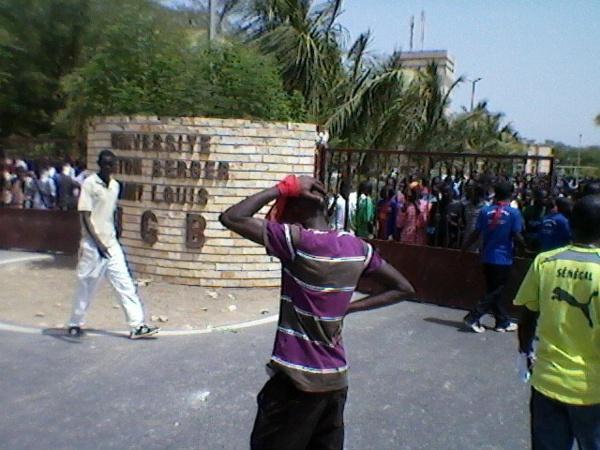 Audience au palais : la Coordination des étudiants de Saint-Louis fait faux-bond à Macky et décide de continuer le combat