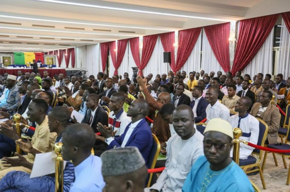 Vidéo - Audience au palais : Ce que Macky Sall a dit aux étudiants…Regardez