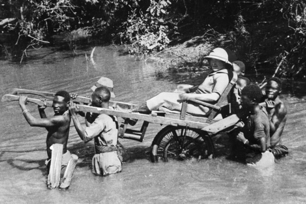 Au Sénégal, les références coloniales ne passent plus, l'heure de la colonisation est révolue
