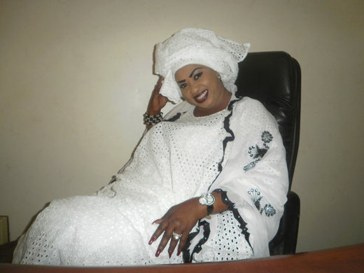Adja Deguene chimère Diallo quitte  Océan FM et Seneweb pour Dechibacom