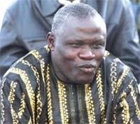 1 million en guise d'encouragements aux Lionceaux : Gaston Mbengue met 500 000 francs, la fédération complète