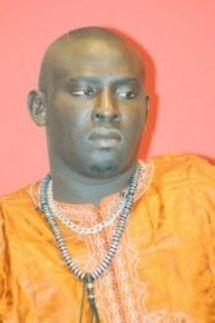 Baye Mandione: « Que Modou Lô sache que je suis son père et non son égal ! »
