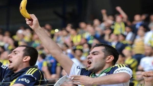Mondial 2018: les arbitres pourront arrêter les matchs en cas d'actes racistes