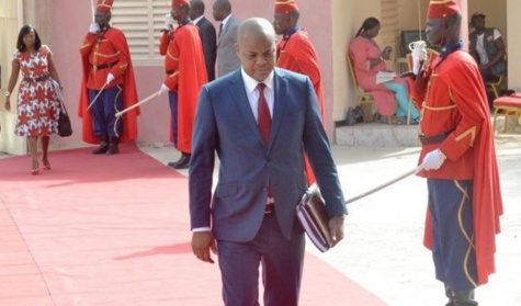Démission du gouvernement : Dionne joue les pompiers, Mame Mbaye Niang intraitable