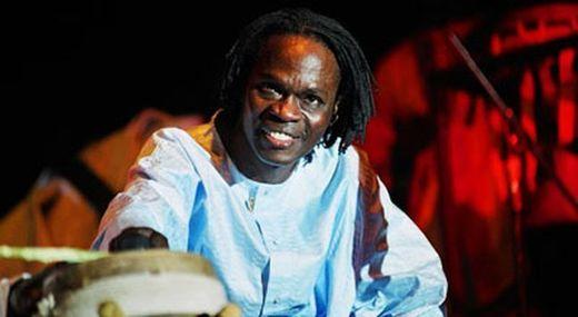Le journal le Monde rend un hommage appuyé à Baba Maal