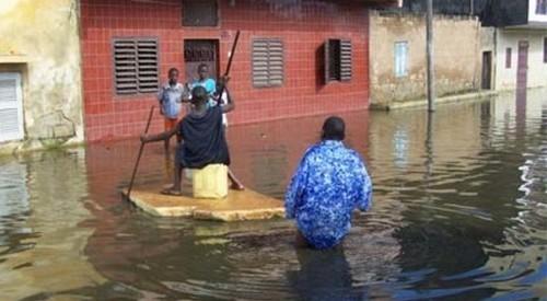 Trois enfants perdent la vie dans les eaux stagnantes à Jaxaay