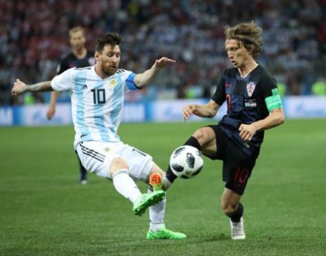 Modric prend la défense de Messi : « Il ne peut pas tout faire tout seul »