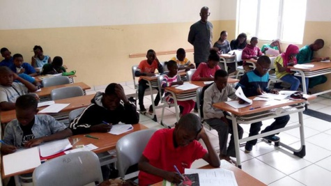 CFEE et  l'entrée en 6e: 265 831 candidats dont 145 674 filles passent l'examen