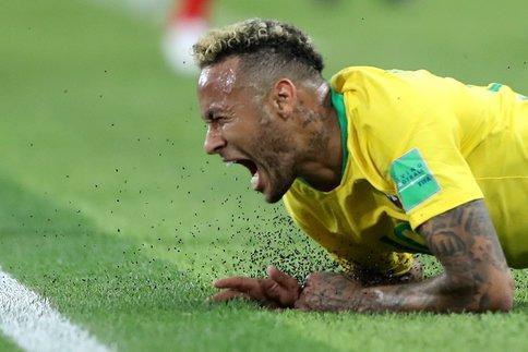 Mondial Russie 2018: Neymar, un cinéma qui irrite
