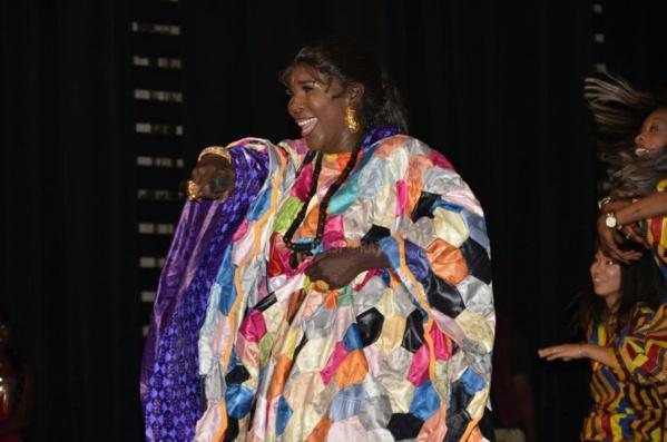 VIDEO - Ndiolé Tall et Salla Bigué se bagarrent au Grand Théâtre, la Police intervient