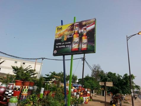 ATTENTION : Promotion de l'alcool devant le lycée Blaise Diagne et l'E.N.A : Le Sénégal est devenu un bateau ivre, XAALASS