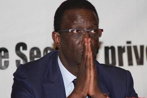 715 chantiers de l'État sont à l'arrêt, selon Amadou Ba
