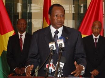 Présidentielle en Guinée : report du second tour à une date indéterminée