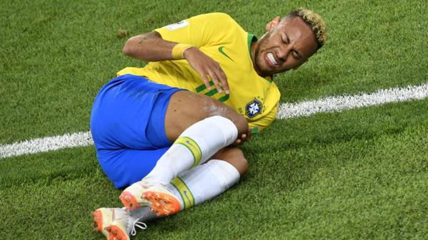 Coupe du monde 2018 : Les plus beaux Trolls de la roulade de Neymar sur Twitter