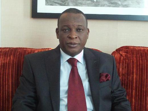 MEETING PALAIS : Le général Konaté somme la CENI...