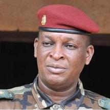 """Sékouba Konaté menace de """"claquer la porte"""" avant le second tour de la présidentielle"""