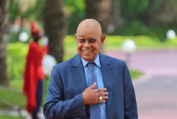 Mahmoud Saleh vilipende l'opposition et traite Decroix d'« entrepreneur politique »