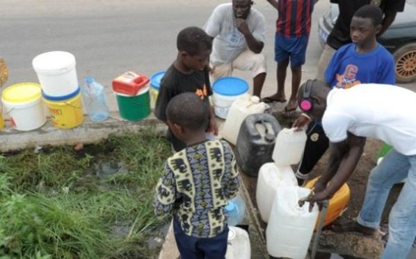 Face à la pénurie d'eau, Y en a marre alerte: «Dafa Doy ! Il faut que ça s'arrête !»