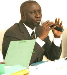 MOUVEMENT DES ÉLÈVES ET ÉTUDIANTS LIBÉRAUX (MEEL)  « Idrissa Seck rame à contre courant des intérêts du Pds »
