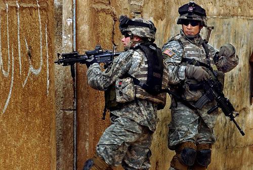 USA : Une juge bloque la loi interdisant aux soldats de révéler leur orientation sexuelle