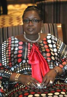 Ziguinchor : Innocence Ntap Ndiaye remet 500.000 Francs au Casa-sports