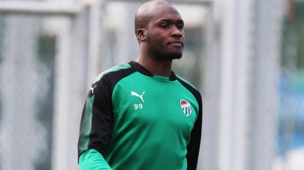 Moussa Sow arrête avec les « Lions »