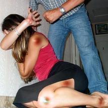 AMOUR : Pourquoi les femmes restent avec des hommes violents?