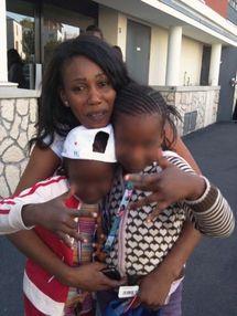Devant rentrer  en France, elle est coincée au Sénégal à cause… d'une perte de poids